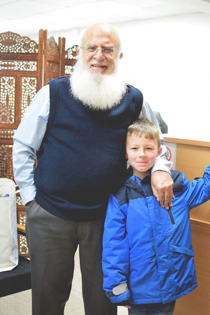 A Little Boy Thought This Muslim Accountant Was Santa And He's Played Along For Four Years